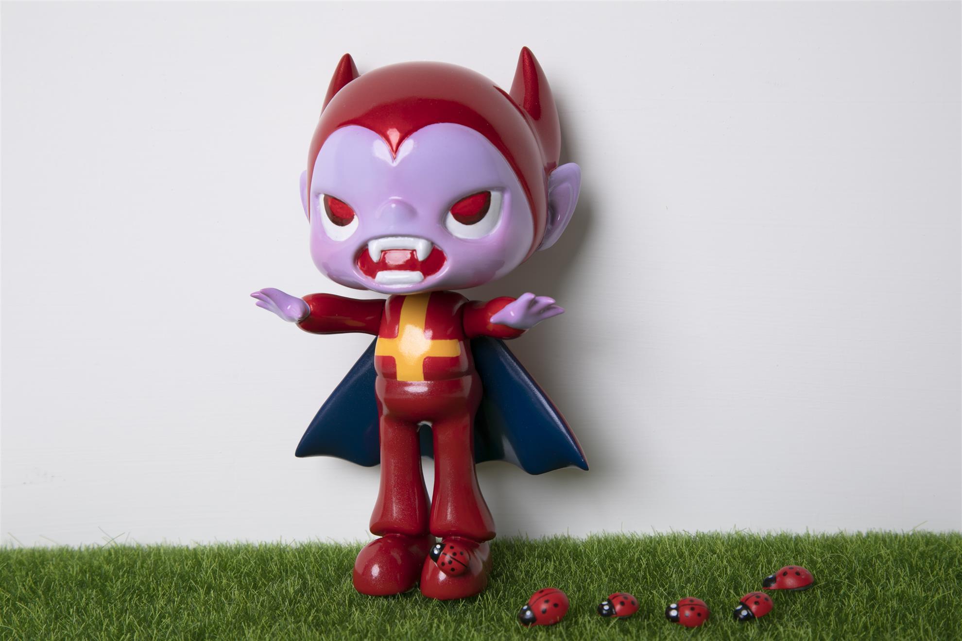 Baby halloween 寶貝萬聖節 設計師玩具 吸血鬼 傳奇  legend Designer toy 金屬紅